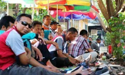 Ratusan Kades Ancam Duduki Kantor Bupati